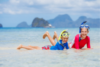 Travelling with kids - check out these tips