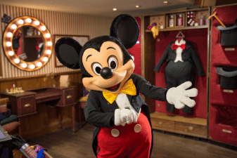 Meet Mickey Mouse himself at Disneyland Paris!