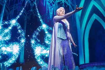 Attend the Frozen show at Disneyland Paris
